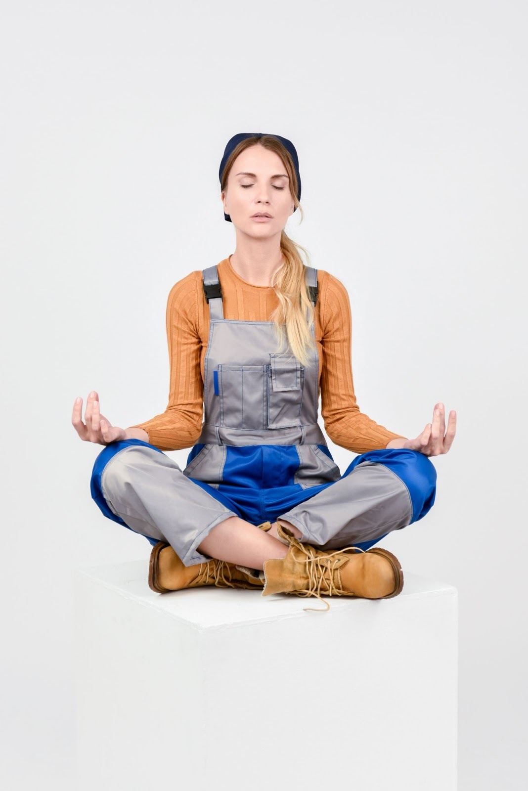 Get calm: enjoy the graphic set for the Yoga And Meditation day. Little meditation helps to start the workday